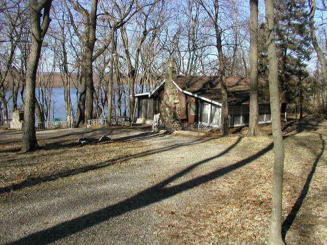 Quiver Lake Cabin 9-Jan-2012_1